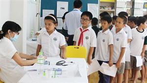 Khám sàng lọc thận tiết niệu cho trẻ em lứa tuổi học đường