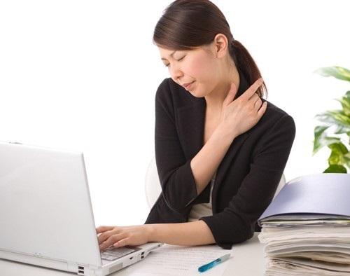 Phương thuốc hỗ trợ sức khỏe người thường xuyên sử dụng máy tính