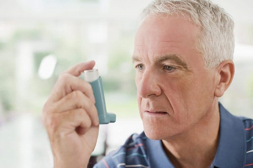 Nguyên nhân gây khó thở ở người cao tuổi